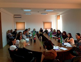 Bridge communication between municipal assembly members and women from different communities