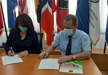 In the framework of the I-See project, KW4W signed a Memorandum of Understanding with the Municipality of Obiliq for cooperation